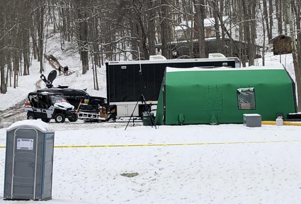 Лагерь ФБР в 15 километрах от Дрифтвуда