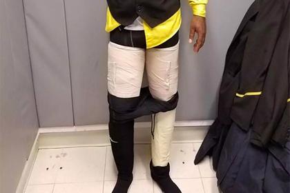 Бортпроводника поймали с кокаином в штанах