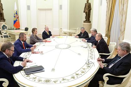 Путин рассказал об отношении к голосовавшим за его соперников