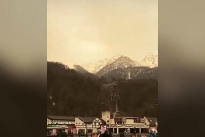 Африканскую песчаную бурю в горах Сочи сняли на видео