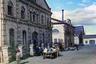 Каслинский литейный завод — один из старейших на Урале, он был основан более 265 лет назад. Широко известен благодаря прославленному художественному литью из чугуна. Фотография сделана в 1909 году в городе Касли Екатеринбургского уезда Пермской губернии (ныне Каслинский район Челябинской области).