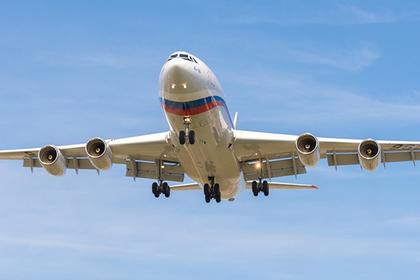 «Кокаиновый самолет» совершил загадочный маневр