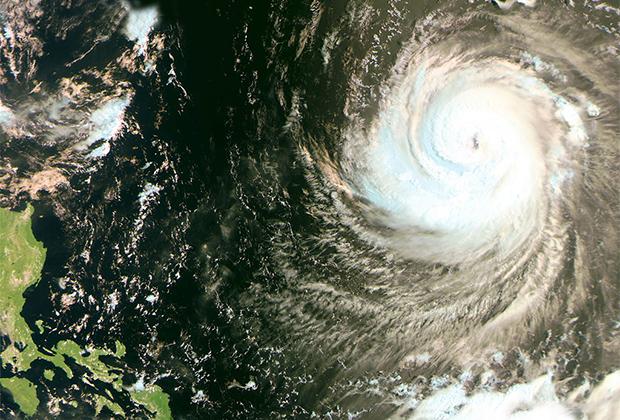Тихий океан: тайфун «Нору». Снимок с «Метеор-М»