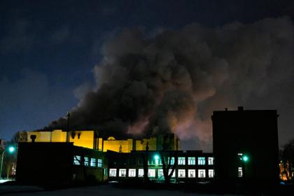 Родные пропавших при пожаре в Кемерове обвинили власть в бездействии