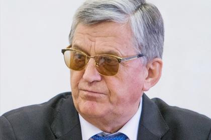 Главного критика российского биатлона назвали пенсионером и отправили домой