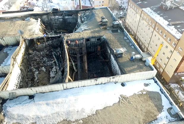 Пожар в ТРЦ «Зимняя вишня» в Кемерове