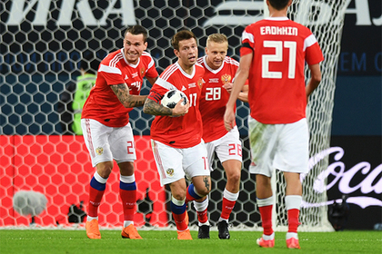 Нынешнюю сборную России по футболу сочли слабейшей в истории