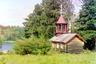 Деревня Викшица находится недалеко от водопада Кивач. На фотографии часовня Алексия, человека Божия. Точное время ее постройки неизвестно, существовала до начала 1940-х годов. В настоящее время утрачена безвозвратно. На заднем плане Пертозеро.
