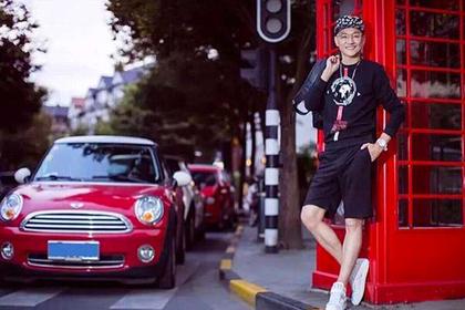 Пенсионера из Китая прославила внешность 30-летнего