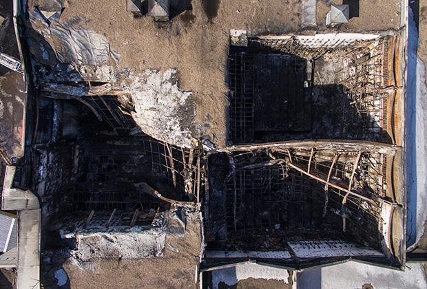 Пожар в ТЦ произошел 25 марта; по официальным данным, жертвами трагедии стали 64 человека