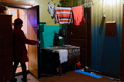 Женщина выпрыгнула сбалкона 6-го этажа вЖК «Стрижи» вИркутске