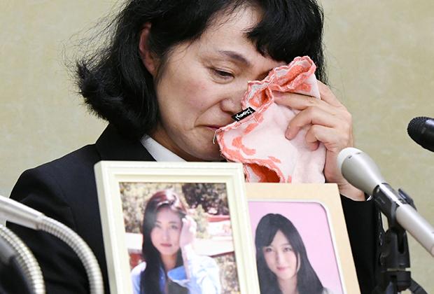 24-летняя Мацури Такахаси покончила с собой после 100 часов сверхурочных за месяц