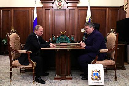 Владимир Владимиров сказал В. Путину оперспективах Ставрополья