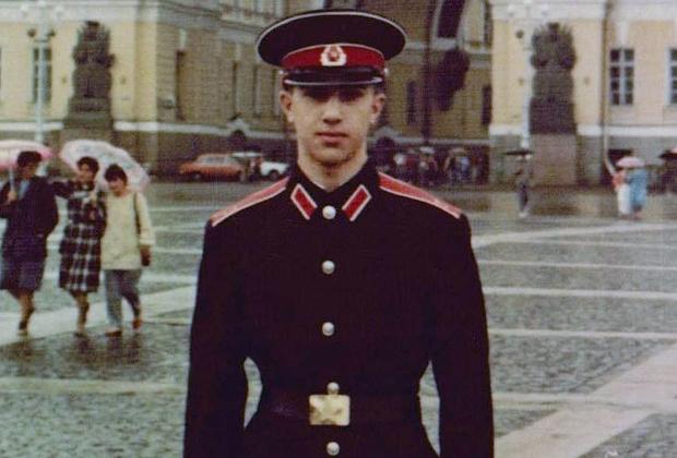 Тигран Петросян во время учебы в Суворовском училище