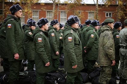 Законопроект о явке в военкомат без повестки одобрен Думой в первом чтении