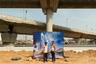 Основой своего проекта Крестани считает совмещение разных визуальных слоев, составляющих сложную реальность города, — снимков из рекламных буклетов, грязь строек и жизнь людей, не вписывающихся в парадигму успешности Гургаона.