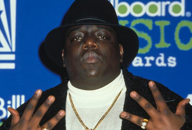 Notorious B.I.G. — первый продюсерский проект Puff Daddy, один из главных героев войны между рэперами Западного и Восточного побережий и икона стиля времен гангста-рэпа.