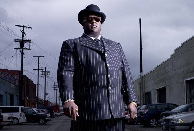 Из-за любви Бигги к костюмам в полоску, котелкам и хомбургам его часто сравнивали с Аль Капоне, на что собственно и был расчет. Гангста-рэперы 90-х считали себя своего рода продолжателями дела гангстеров времен Сухого закона.