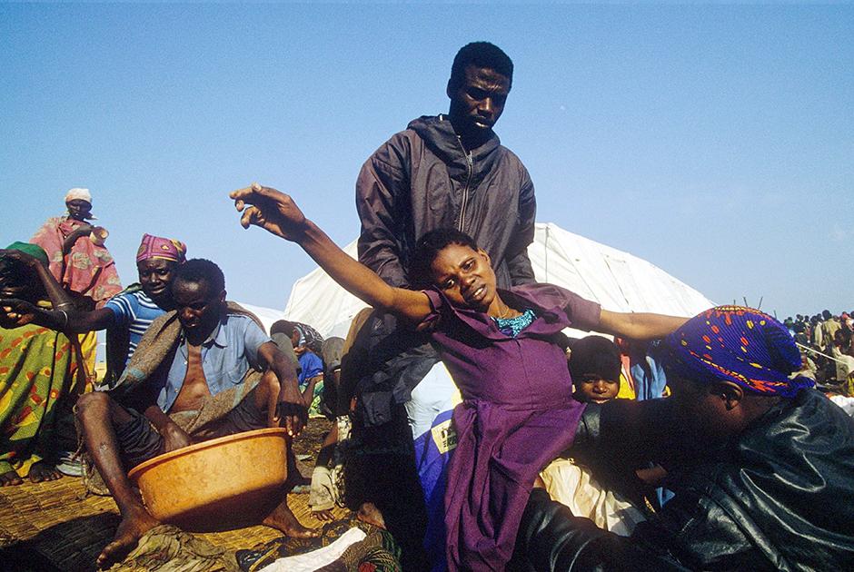 Женщина-беженец из народа хуту