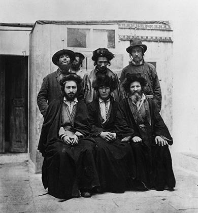 Группа евреев-ашкенази в Иерусалиме, 1885 год