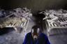 Во время геноцида серьезно пострадала инфраструктура и экономика страны. Руанда испытывала и проблемы с человеческими ресурсами, ведь примерно 40 процентов населения либо погибли, либо стали беженцами в других странах. Кроме того, по обвинению в участии в массовых убийствах и преступлениях против человечности было арестовано более 120 тысяч человек. Серьезную проблему вызвали и массовые изнасилования женщин: вспышка заболеваний, передающихся половым путем, в особенности ВИЧ, нежелательные беременности.  <br><br> После победы РПФ его политическое крыло стало партией, а военное сформировало Руандийскую патриотическую армию. Поль Кагаме стал вице-президентом Руанды и министром обороны, а в 2000-м году был избран президентом. На этом посту он остается до сих пор. Кагаме стремился ввести в кабинет хуту, приказал отменить графу «национальность» в документах и в целом пытался уменьшить различия между народами. Ряд экспертов считает его проамериканским тираном, который использует законодательство времен геноцида для борьбы с оппозицией.