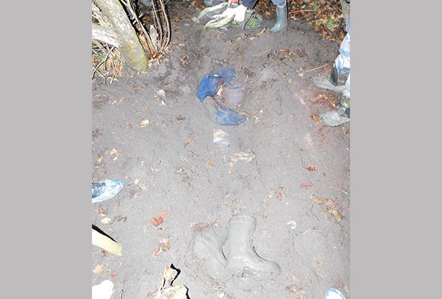 В таком состоянии следственно-оперативная группа обнаружила тело