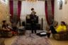 Игра на скрипке — одно из увлечений младшего брата Ромины, Алирезы. Дома он несколько раз в неделю играет для семьи. Ромина говорит, что если он захочет уехать в Россию, она сделает так, чтобы ему было легче, чем ей.