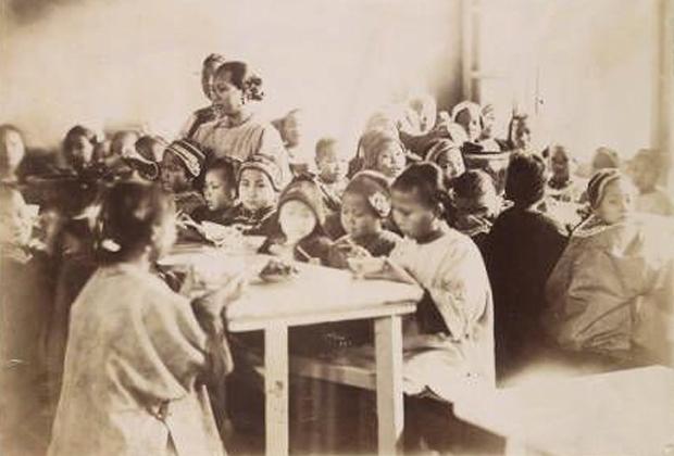 Китайская средняя школа, 1860 год
