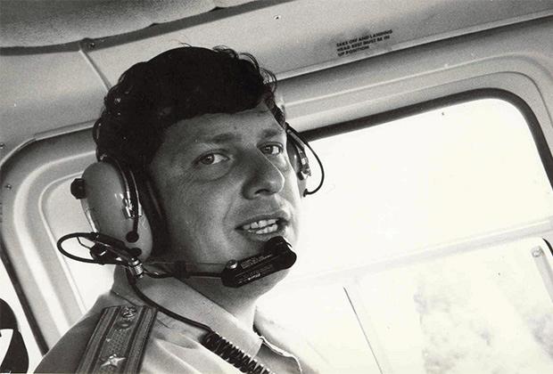 Александр Обойдихин за штурвалом полицейского вертолета