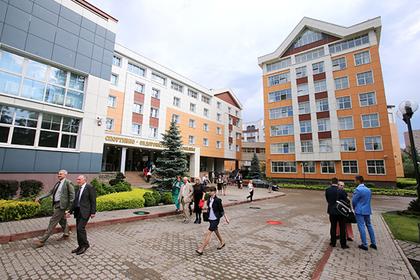 Российских студентов вернут из «недружественных стран»