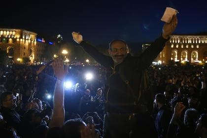 Оппозиция Армении создала революционный комитет