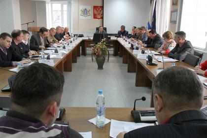 Российские депутаты покурили и поели за счет налогоплательщиков