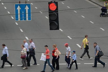 Украинцев задумали лишить желтого сигнала светофора