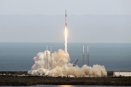 США запустили Falcon 9 вслед за российским «Протоном-М»