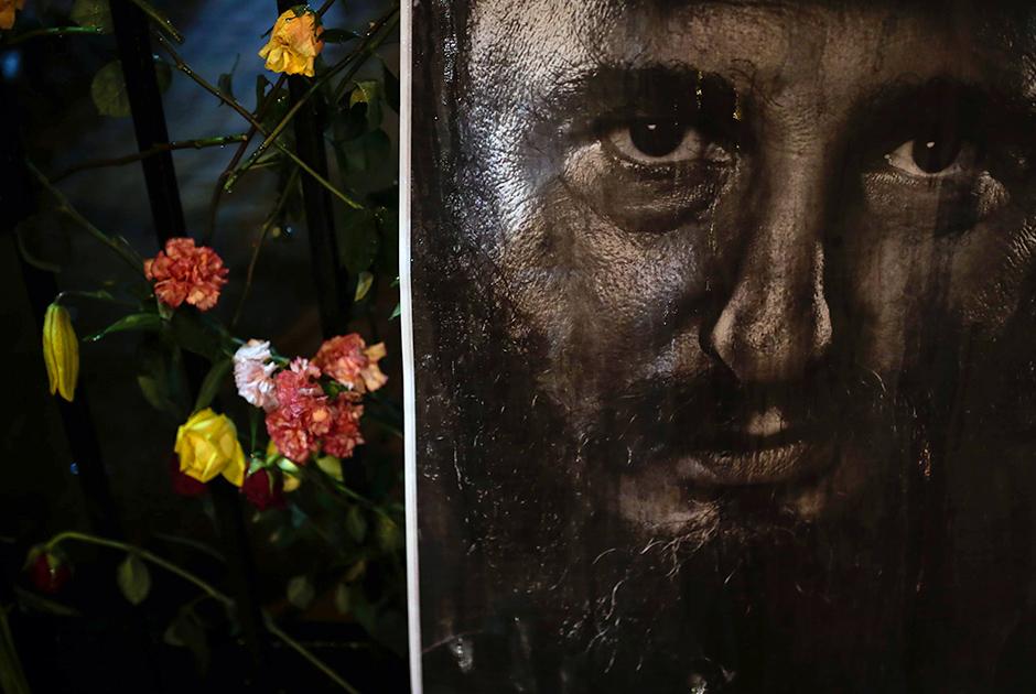 Лидер кубинской революции Фидель Кастро скончался 25 ноября 2016 года в возрасте 90 лет. Об этом в эфире национального телевидения рассказал его брат Рауль. В соответствии с волей команданте, его тело кремировали.