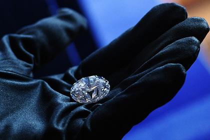 Россия резко сократила добычу алмазов