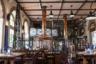 Ресторан «Банхоф» (Bayerischer Bahnhof) построен в 1842 году на месте самой старой железнодорожной станции в Европе. Здесь можно попробовать знаменитое лейпцигское пиво верхового брожения — гезе (Leipziger Gose).