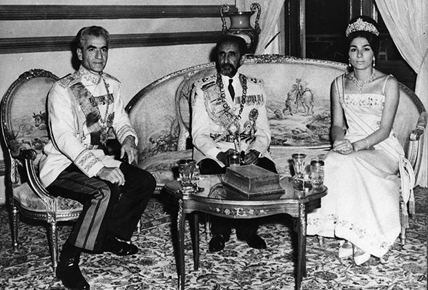 Чета Пехлеви на встрече с эфиопским императором Хайле Селасие