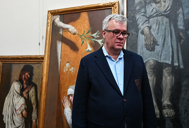 Коллекционер Владимир Некрасов, среди переданных им в дар Государственной Третьяковской галерее на Крымском валу картин художника Гелия Коржева.