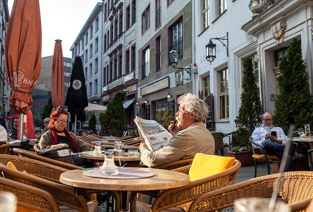 Лейпциг очень гостеприимен, здесь каждый найдет для себя занятие и уютное местечко. Удивительно, как в городе сочетается бурная студенческая и размеренная «взрослая» жизнь.
