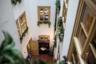 На третьем этаже старинной кофейни «Цум Арабишен Кофе Баум» расположен музей кофе. Сюда стоит зайти хотя бы для того, чтобы увидеть знаменитую кружку с подставкой для усов!