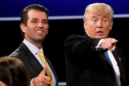 Президент США Дональд Трамп с сыном