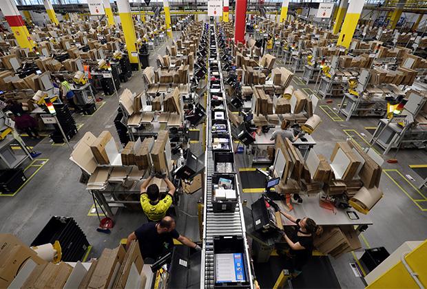 Склад Amazon