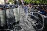 Организатором Антиправительственных выступлений стал лидер партии «Гражданский договор», депутат оппозиционной парламентской фракции «Елк» («Выход») Никол Пашинян. В 2015 году в стране прошла конституционная реформа, и теперь экс-президент, чьи полномочия истекли 9 апреля, может стать пожизненным руководителем Армении, сохранив всю полноту власти. <br><br> С 13 апреля демонстрации проходят и в столичном Ереване, и в крупных городах на севере страны — Гюмри и Ванадзоре. По неофициальным данным, общее количество участников протеста составляет от 10 до 15 тысяч человек, они перекрывают улицы, блокируют здания госучреждений, устраивают «лежачие забастовки».