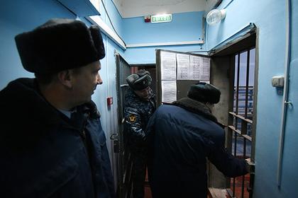 Сотрудника химкинского изолятора отыскали около дома мертвым скровоподтеками