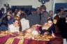 Тусовка в ночном клубе, посвященная эротическому музыкальному видео.