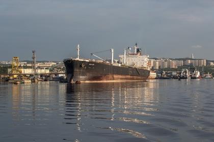 Арестованный в ОАЭ российский танкер подал сигнал SOS