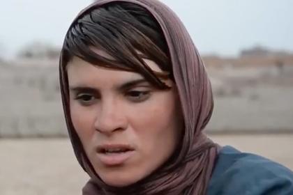 Афганская девочка больше 10 лет притворялась мальчиком ради отца