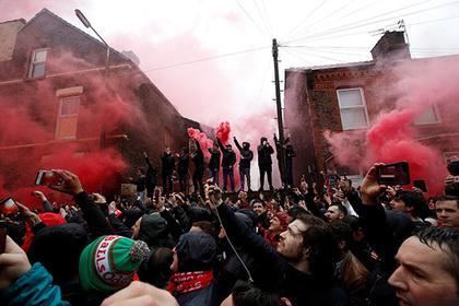 Фанаты «Ромы» угодили под арест за попытку убить болельщика ремнем