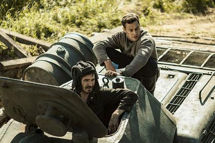 Создатели фильма «Танки» разыграют три автомобиля